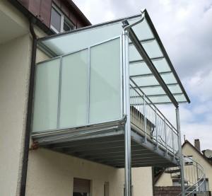 Glaserei_Ruehl_Nuernberg_Ueberdachung_und_Balkon